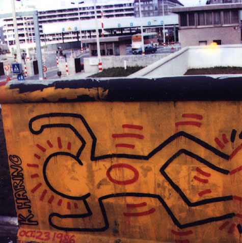 Berlin mural keith haring for Berlin wall mural