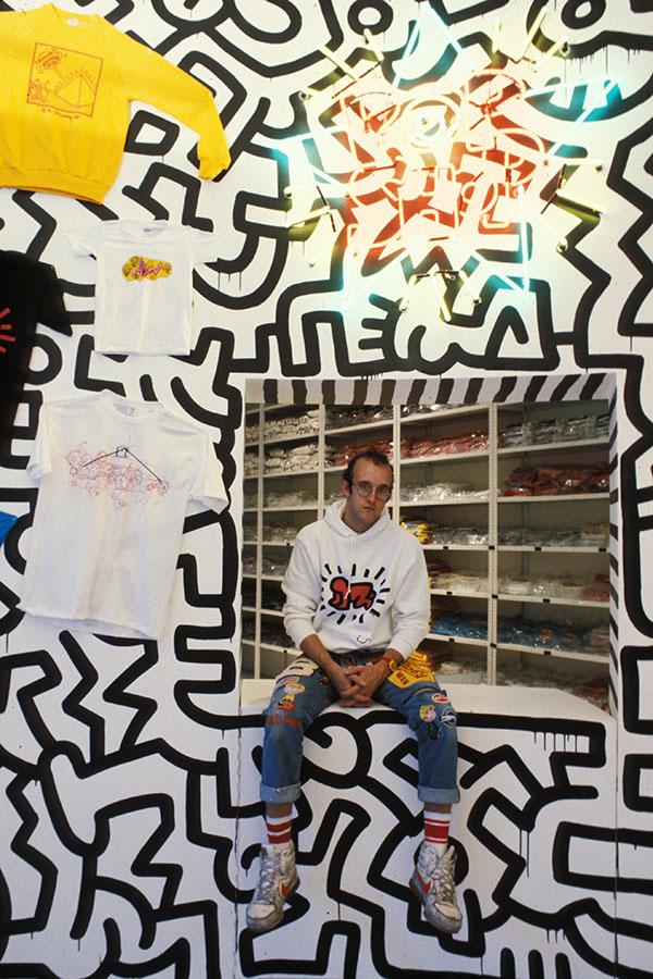 0c92dc435 Keith Haring Foundation Photo by Tseng Kwong Chi | © Muna Tseng Dance  Projects,